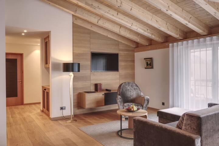 Penthouse Suite mit Alpenblick im Hotel Alte Post