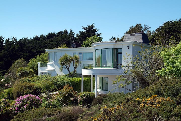 Howth Hill Home - unparalleled views - Dublin - Hus