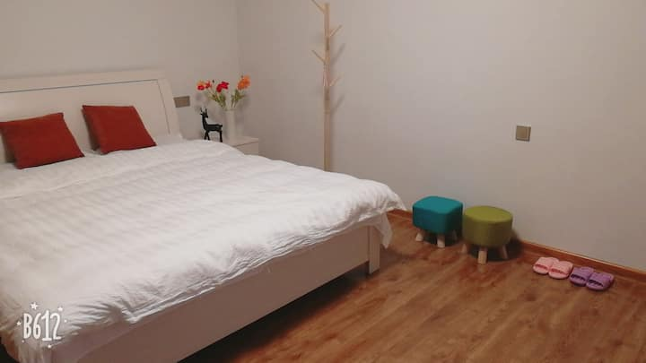 时光瑶民宿(401) 1.8米大床房