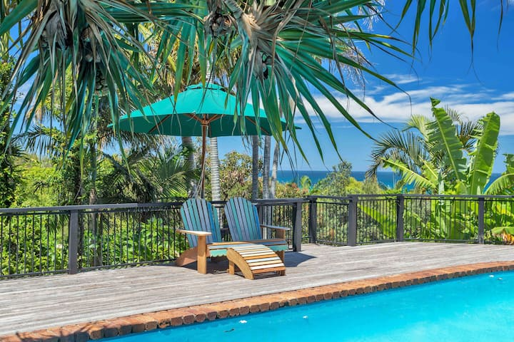 Ballina Beach Holiday Houses - 2 Houses + Pool