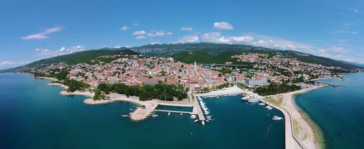 App Antonić  4+2