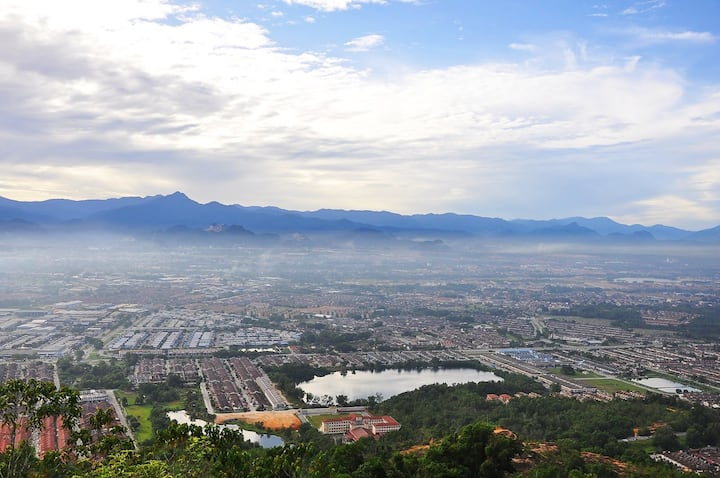 The breathtaking view of Ipoh city