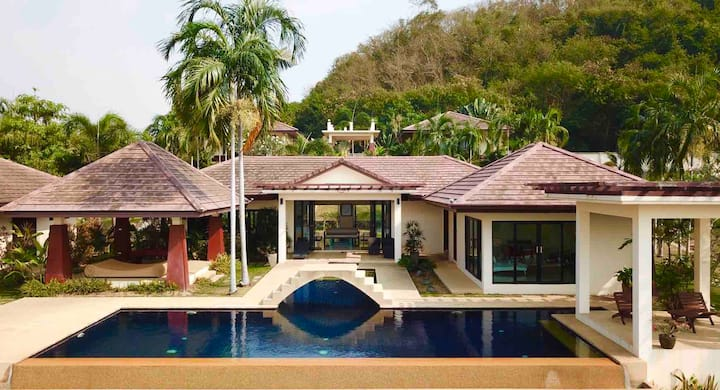 Pattaya private pool villa
