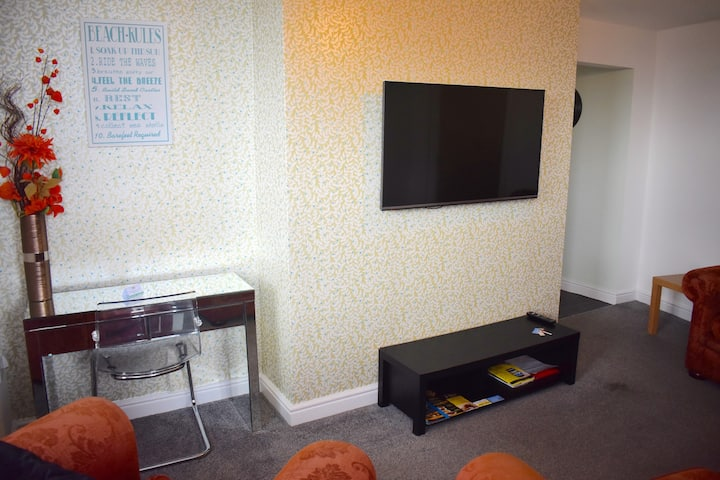 Luxury, disabled friendly 3 bedroom apartment