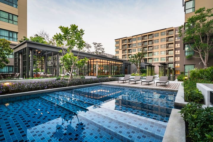 Rain Condo @ Cha Am-Huahin, Pool Access from room