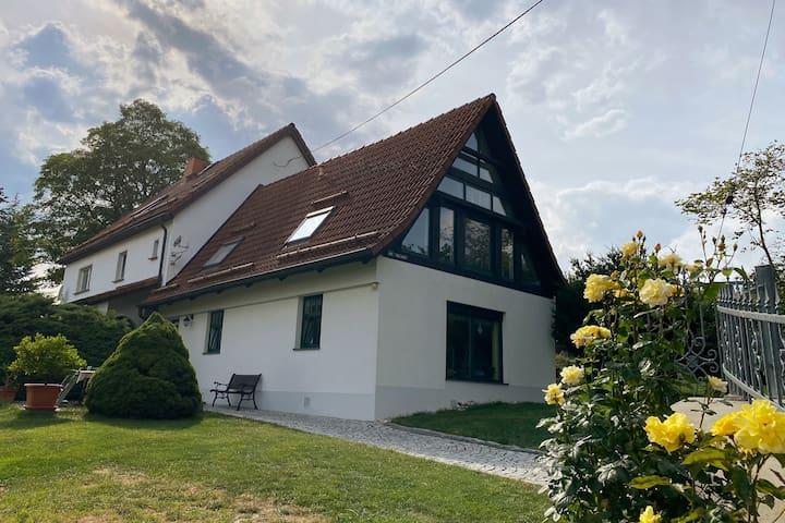 """Ferienhaus """"Ingrid""""- gemütliches Cottage im Grünen"""