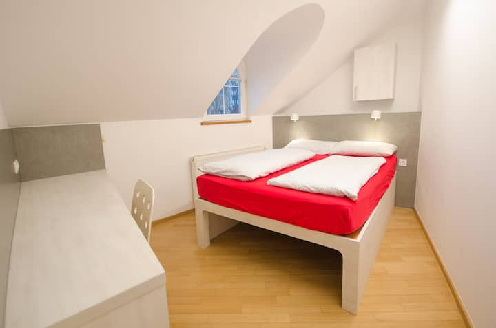 Fully equipped double room in Ljubljana centre