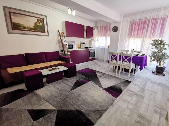 Violet Apartment - Brilliant Apartments