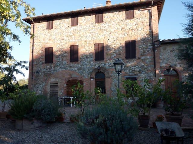 IN CAMPAGNA NELLA CITTA' DEL PALIO DI SIENA - Montechiaro - Apartment