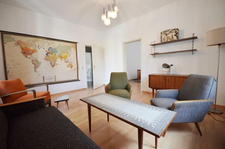 "Vintage apartment ""Westkultur"""
