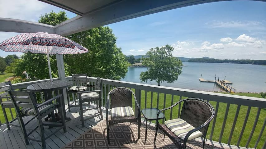 Lakeside Escape  sleeps 6