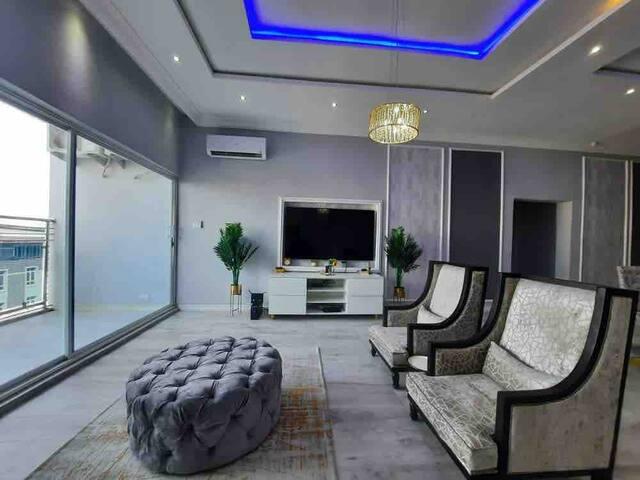 Oniru Luxury High End 2 Bed Apartment