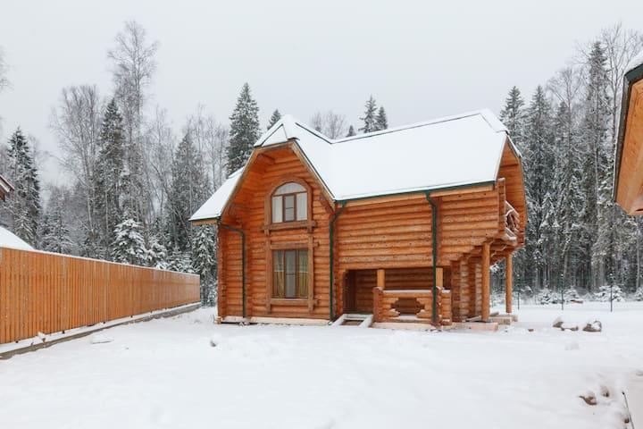 Новый двухэтажный деревянный дом - Елизаветинка  - Casa