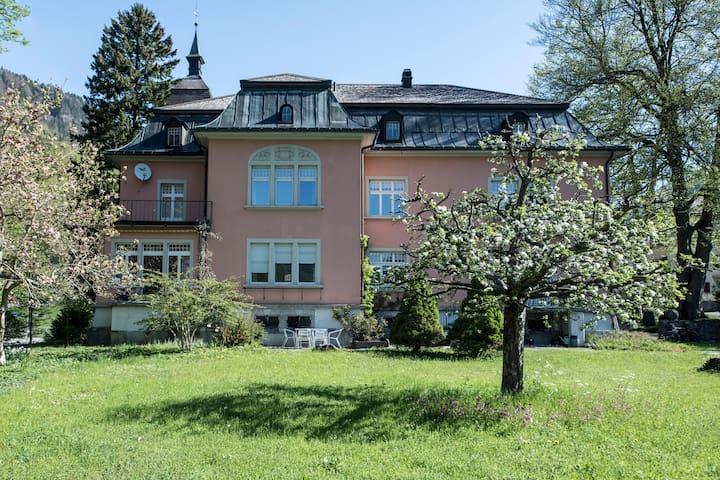Villa Fasol - Modern apartment in a historic villa