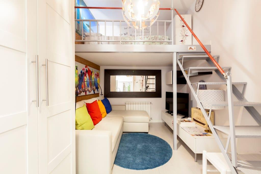 Salón y dormitorio arriba
