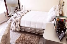 2nd Floor Guest Bedroom (2)