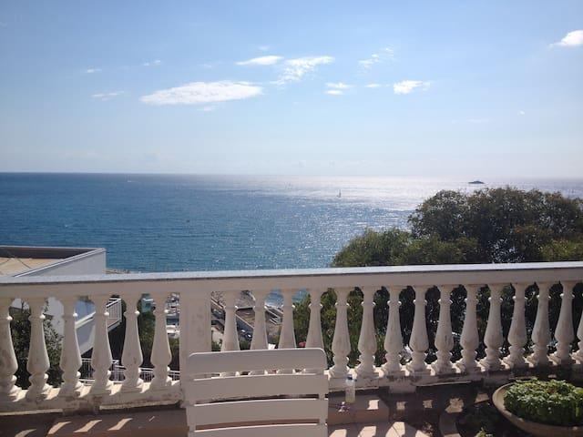 Villa Tamara at the Riviera delle Fiore - San Lorenzo al Mare - Vila
