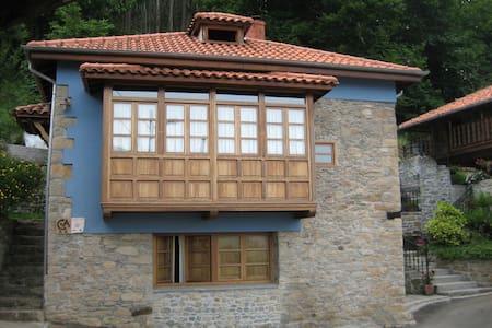 CaXoXa - Pravia - Haus