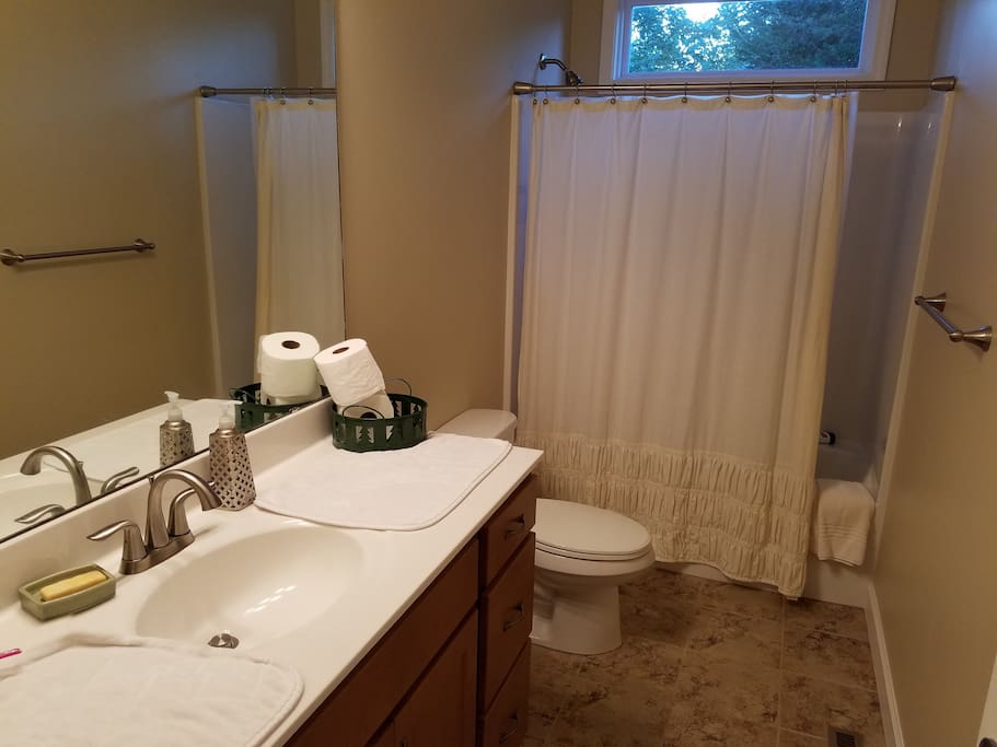 Full Bath- Shared with Dutch Room