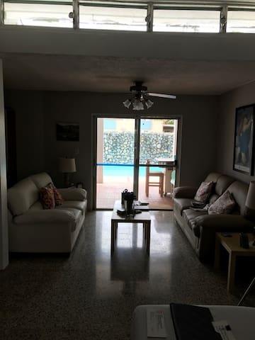 Casa Baron, Dorado PR - Dorado - House