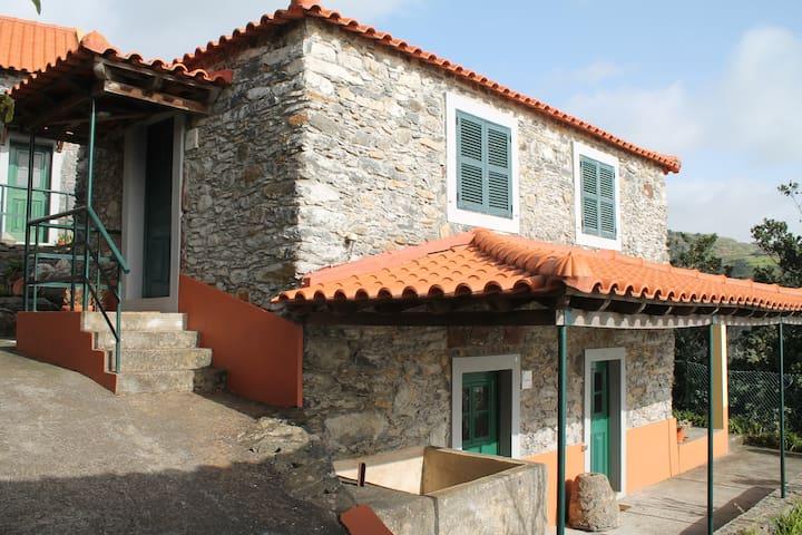 Casa Lagar @ Quinta São Lourenço - Faja Da Ovelha - Villa