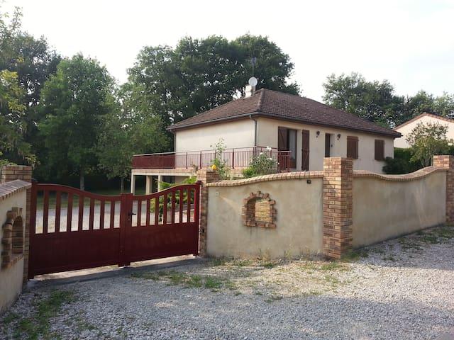 Maison Individuelle avec parc - Limoges