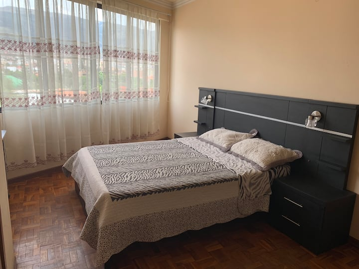 Lovely confortable private bedroom in Cochabamba