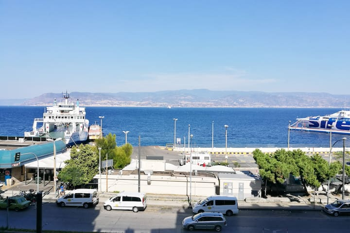 camera 3 posti comfort a Messina