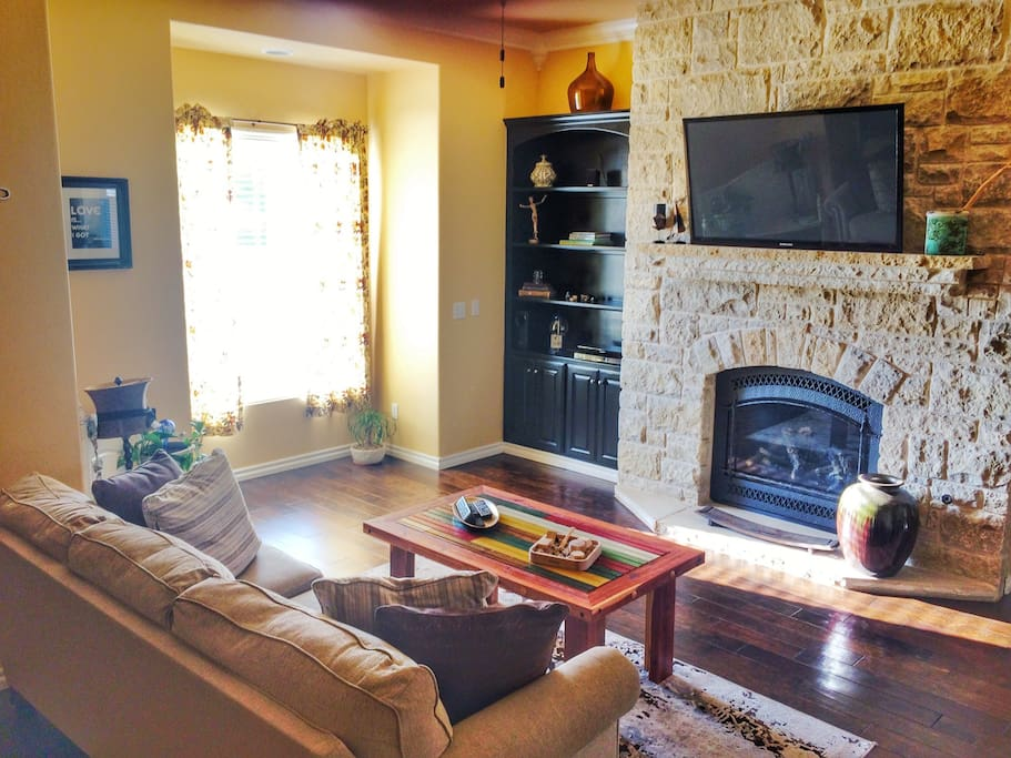 Open living room, equip with basic cable and wifi.