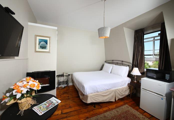 Suites OF Euston SUITE 7