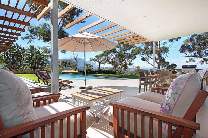Arkenstone Gem:  Modern Steenberg Family Villa