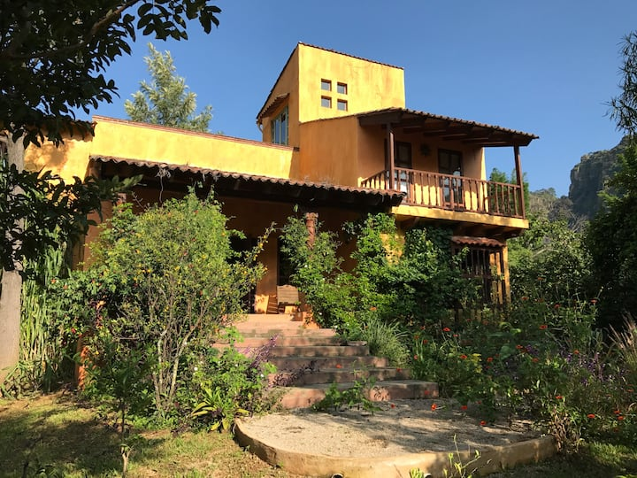 House for 7 people. Perfect location in Amatlán.