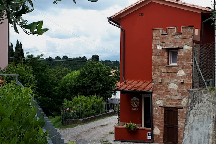 """L'ARCA""  - your home in Tuscany"