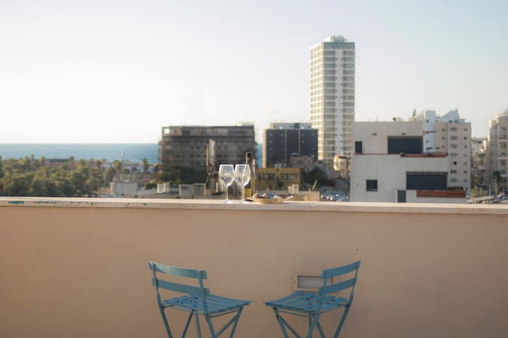 Amazing penthouse- sea view!!
