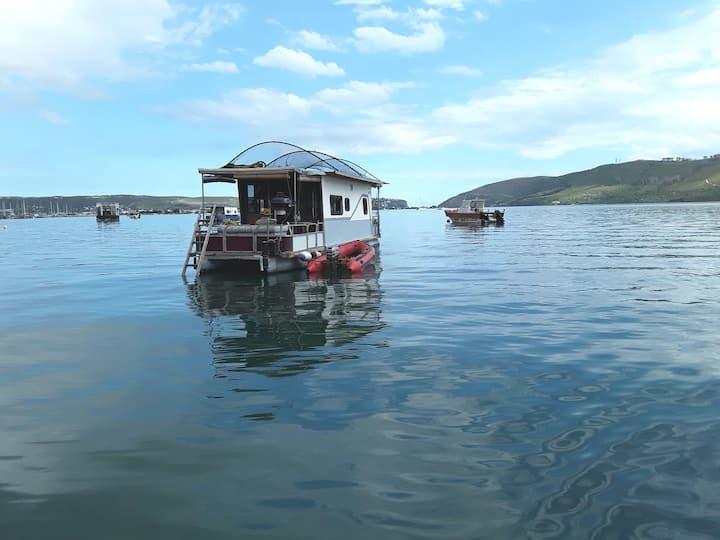 Huck Finn - Houseboat