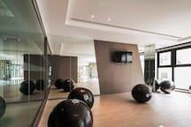 芭堤雅THE BASE Central Pattaya高层一居室,看得见风景的房(预定即有好礼相送)