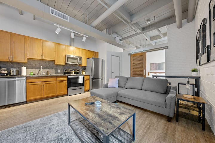 Industrial Loft Apartments in the BEAUTIFUL NEW Superior Building! #313