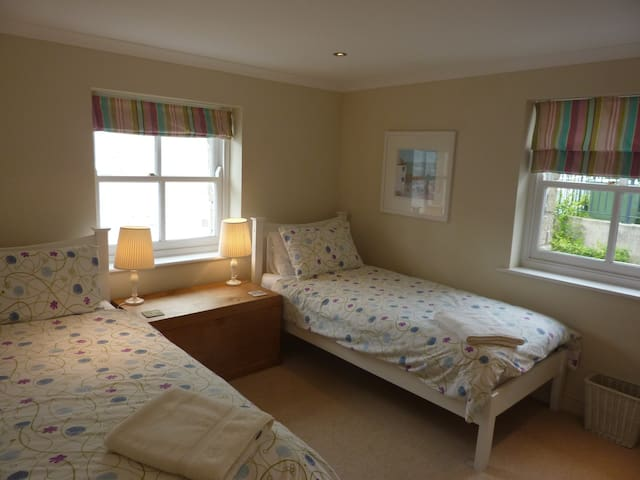 Lovely twin room with built in wardrobe