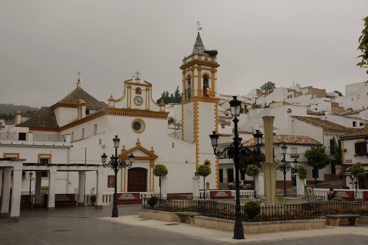 Apartamento en la Sierra de Cádiz - Prado del Rey - Pis