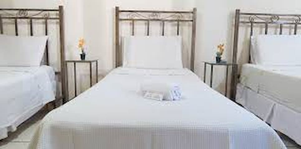 Great Pond Accommodation and Private Spa - Ocho Rios - Bed & Breakfast
