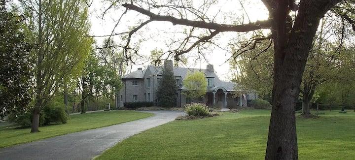 Stonecote Estate -- Parklike Estate in Louisville