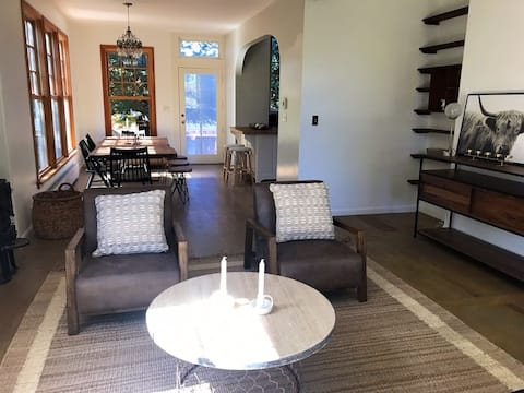 """""""Nest Out West"""": Tranquil 3BR In Tomales Village"""