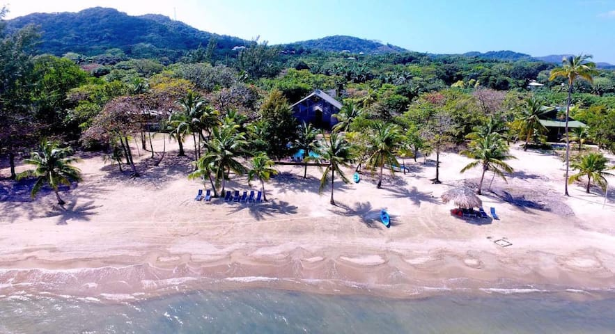 Private Eco-Dive Resort With Pool & Beach