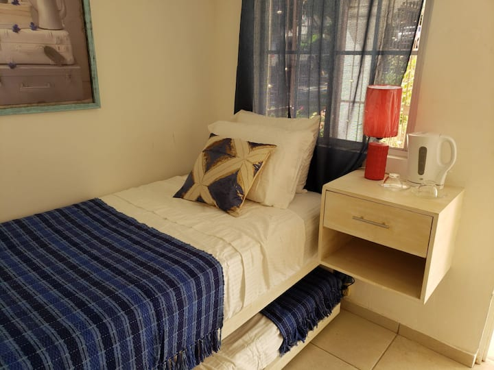 Cozy & Newly Built Room Perfect for 1 or 2 People