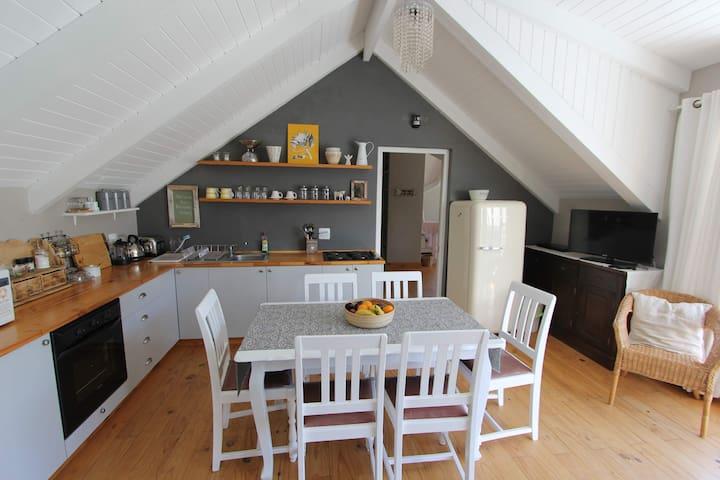 Fresian Villa in rural tranquility close to beach - Cape Town - Apartment