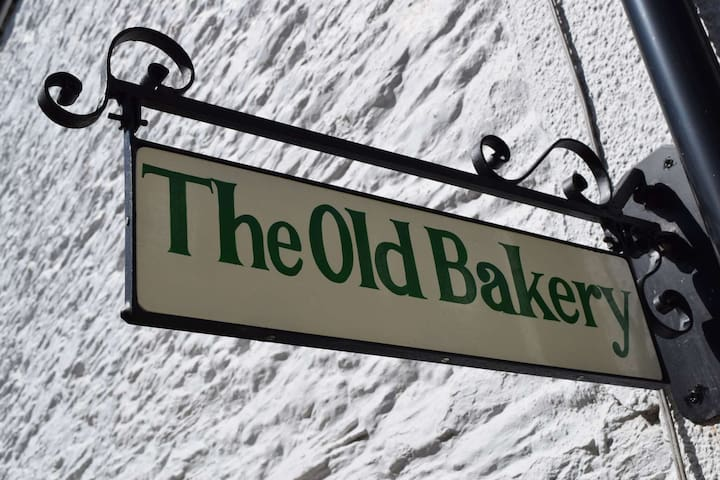 The Old Bakery, minutes from the beach