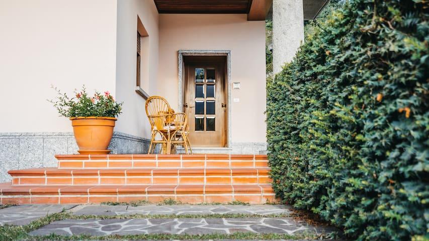 Villa Dervio Dalia Apartment