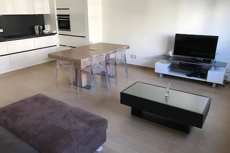 Appartement moderne proche Gare Luxembourg Ville - Luksemburg - Apartament