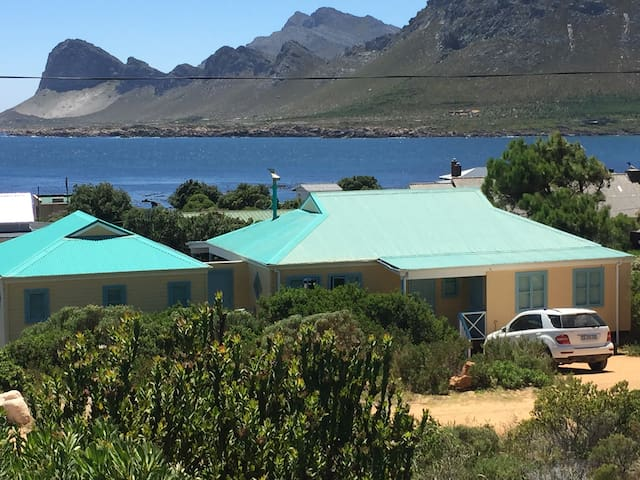 Superb Location-Seclusion&Comfort - Pringle Bay - House