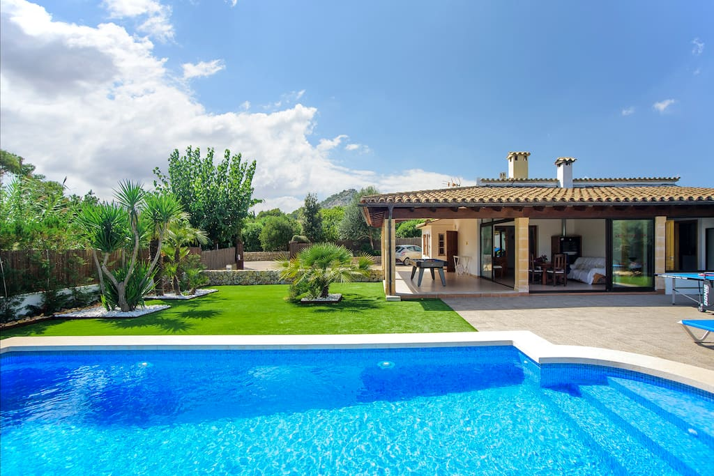 Poolside at Martorell Golf